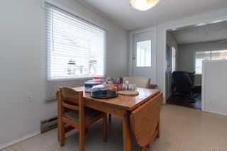 Photo 26: 547 E Burnside Rd in : Vi Burnside Triplex for sale (Victoria)  : MLS®# 854620