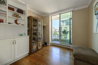 "Photo 16: 501 125 W 2ND Street in North Vancouver: Lower Lonsdale Condo for sale in ""SAILVIEW"" : MLS®# R2501312"