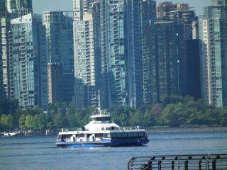 "Photo 24: 501 125 W 2ND Street in North Vancouver: Lower Lonsdale Condo for sale in ""SAILVIEW"" : MLS®# R2501312"