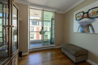 "Photo 17: 501 125 W 2ND Street in North Vancouver: Lower Lonsdale Condo for sale in ""SAILVIEW"" : MLS®# R2501312"