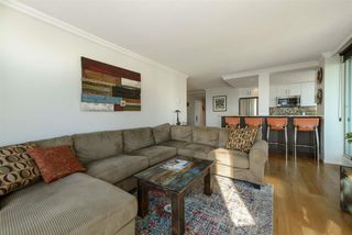 "Photo 8: 501 125 W 2ND Street in North Vancouver: Lower Lonsdale Condo for sale in ""SAILVIEW"" : MLS®# R2501312"