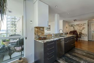 "Photo 4: 501 125 W 2ND Street in North Vancouver: Lower Lonsdale Condo for sale in ""SAILVIEW"" : MLS®# R2501312"