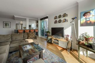 "Photo 6: 501 125 W 2ND Street in North Vancouver: Lower Lonsdale Condo for sale in ""SAILVIEW"" : MLS®# R2501312"
