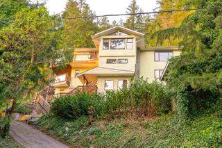 Photo 4: 5704 CARMEL Place in Sechelt: Sechelt District House for sale (Sunshine Coast)  : MLS®# R2504728