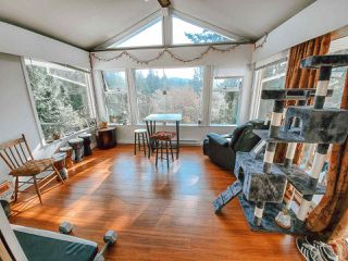Photo 7: 5704 CARMEL Place in Sechelt: Sechelt District House for sale (Sunshine Coast)  : MLS®# R2504728