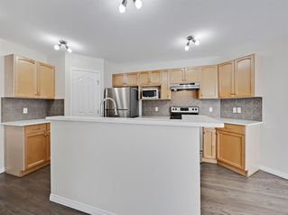 Photo 9: 36 Everglen Grove SW in Calgary: Evergreen Detached for sale : MLS®# A1045354
