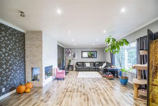 """Photo 4: 1210 FOSTER Avenue in Coquitlam: Central Coquitlam House for sale in """"Central Coquitlam"""" : MLS®# R2514705"""