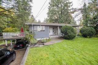 """Photo 2: 1210 FOSTER Avenue in Coquitlam: Central Coquitlam House for sale in """"Central Coquitlam"""" : MLS®# R2514705"""