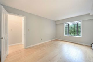 """Photo 10: 309 2320 W 40TH Avenue in Vancouver: Kerrisdale Condo for sale in """"Manor Gardens"""" (Vancouver West)  : MLS®# R2519001"""