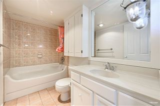 """Photo 12: 309 2320 W 40TH Avenue in Vancouver: Kerrisdale Condo for sale in """"Manor Gardens"""" (Vancouver West)  : MLS®# R2519001"""