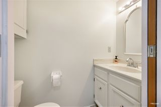 """Photo 13: 309 2320 W 40TH Avenue in Vancouver: Kerrisdale Condo for sale in """"Manor Gardens"""" (Vancouver West)  : MLS®# R2519001"""