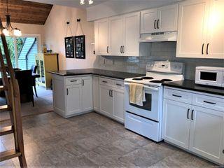 Photo 3: 6 570 W CRESCENT Rd in : PQ Qualicum Beach Row/Townhouse for sale (Parksville/Qualicum)  : MLS®# 862479