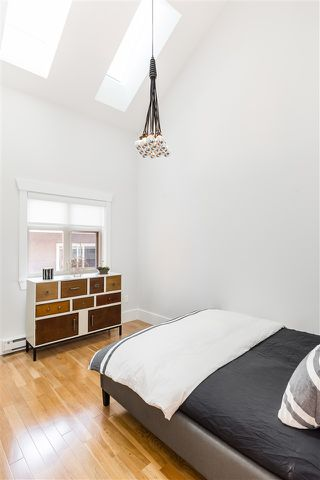 Photo 16: 1834 E 6TH Avenue in Vancouver: Grandview Woodland House 1/2 Duplex for sale (Vancouver East)  : MLS®# R2402830