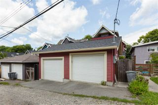 Photo 19: 1834 E 6TH Avenue in Vancouver: Grandview Woodland House 1/2 Duplex for sale (Vancouver East)  : MLS®# R2402830