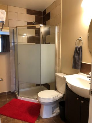 Photo 11: 15805 104 Avenue in Edmonton: Zone 21 House Half Duplex for sale : MLS®# E4175579