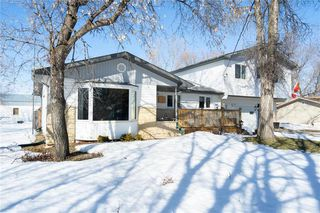 Main Photo: 23 Southeast Drive in Richer: R06 Residential for sale : MLS®# 202000148