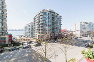 """Photo 29: 305 188 E ESPLANADE in North Vancouver: Lower Lonsdale Townhouse for sale in """"Esplanade at the Pier"""" : MLS®# R2457175"""