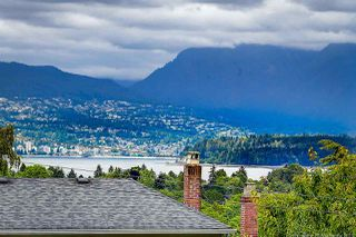 Photo 4: 3415 W 19TH Avenue in Vancouver: Dunbar House for sale (Vancouver West)  : MLS®# R2474663