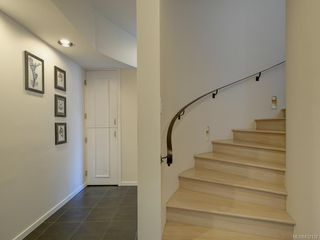 Photo 35: 317 Bessborough Close in View Royal: VR View Royal Single Family Detached for sale : MLS®# 832132