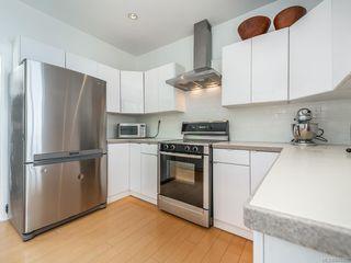Photo 10: 207 Beach Dr in Oak Bay: OB Gonzales House for sale : MLS®# 841882