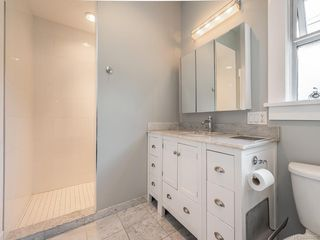 Photo 15: 207 Beach Dr in Oak Bay: OB Gonzales House for sale : MLS®# 841882