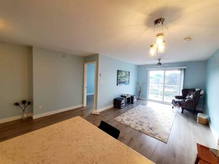 """Photo 5: 407 33960 OLD YALE Road in Abbotsford: Central Abbotsford Condo for sale in """"OLD YALE HEIGHTS"""" : MLS®# R2499608"""