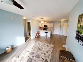 """Photo 4: 407 33960 OLD YALE Road in Abbotsford: Central Abbotsford Condo for sale in """"OLD YALE HEIGHTS"""" : MLS®# R2499608"""