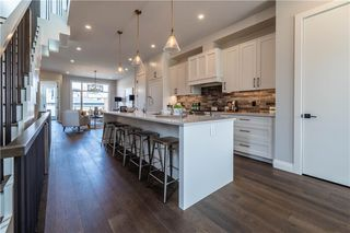 Photo 2: 1822 WESTMOUNT Boulevard NW in Calgary: Hillhurst Semi Detached for sale : MLS®# A1038079
