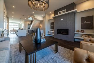 Photo 5: 1822 WESTMOUNT Boulevard NW in Calgary: Hillhurst Semi Detached for sale : MLS®# A1038079