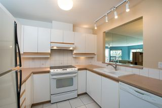"""Photo 15: 213 525 WHEELHOUSE Square in Vancouver: False Creek Condo for sale in """"Henley Court"""" (Vancouver West)  : MLS®# R2510479"""