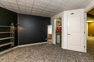 Photo 37: 207 HEATH Road in Edmonton: Zone 14 House for sale : MLS®# E4219505