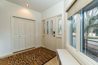 Photo 2: 207 HEATH Road in Edmonton: Zone 14 House for sale : MLS®# E4219505