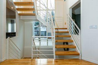 Photo 16: 207 HEATH Road in Edmonton: Zone 14 House for sale : MLS®# E4219505