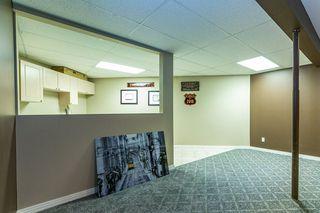 Photo 34: 207 HEATH Road in Edmonton: Zone 14 House for sale : MLS®# E4219505