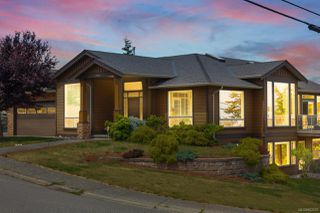 Photo 2: 5604 Muggies Way in : Na North Nanaimo House for sale (Nanaimo)  : MLS®# 862619