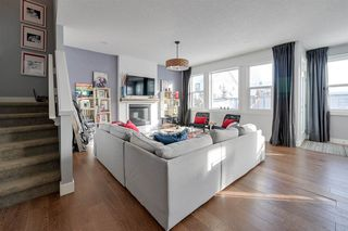Photo 8: 1911 77 Street in Edmonton: Zone 53 House for sale : MLS®# E4188108