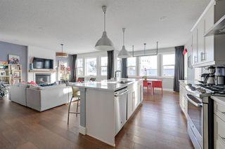 Photo 2: 1911 77 Street in Edmonton: Zone 53 House for sale : MLS®# E4188108