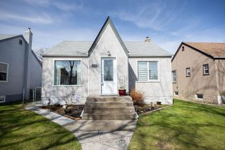 Main Photo: 219 St Anthony Avenue in Winnipeg: West Kildonan Residential for sale (4D)  : MLS®# 202009536