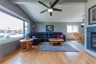 Photo 2: 15216 93 Street in Edmonton: Zone 02 House for sale : MLS®# E4196945
