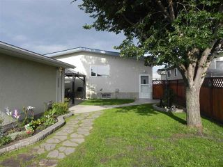 Photo 40: 15216 93 Street in Edmonton: Zone 02 House for sale : MLS®# E4196945