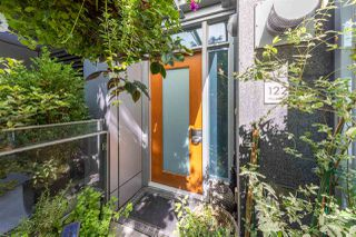 """Photo 13: 1225 W CORDOVA Street in Vancouver: Coal Harbour Townhouse for sale in """"CARINA"""" (Vancouver West)  : MLS®# R2489547"""