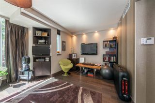 """Photo 10: 1225 W CORDOVA Street in Vancouver: Coal Harbour Townhouse for sale in """"CARINA"""" (Vancouver West)  : MLS®# R2489547"""