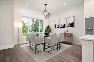 Photo 9: 2331 (West) 27 Avenue NW in Calgary: Banff Trail Detached for sale : MLS®# A1033000