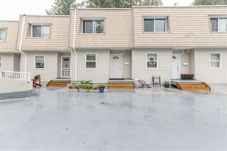 Photo 1: 4 33293 E BOURQUIN Crescent in Abbotsford: Central Abbotsford Townhouse for sale : MLS®# R2512681