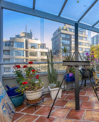 """Photo 3: 601 1220 BARCLAY Street in Vancouver: West End VW Condo for sale in """"KENWOOD COURT"""" (Vancouver West)  : MLS®# R2515897"""