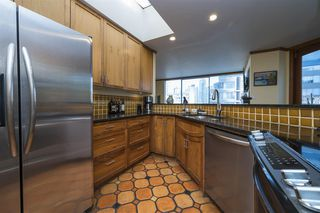 """Photo 1: 601 1220 BARCLAY Street in Vancouver: West End VW Condo for sale in """"KENWOOD COURT"""" (Vancouver West)  : MLS®# R2515897"""