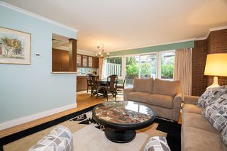 "Photo 4: 104 235 KEITH Road in West Vancouver: Cedardale Townhouse for sale in ""SPURAWAY GARDENS"" : MLS®# R2518546"