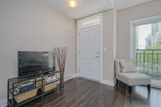 "Photo 3: 203 828 ROYAL Avenue in New Westminster: Downtown NW Townhouse for sale in ""Brickstone Walk"" : MLS®# R2388112"
