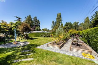 Photo 33: 10770 Madrona Drive in NORTH SAANICH: NS Deep Cove Single Family Detached for sale (North Saanich)  : MLS®# 415389
