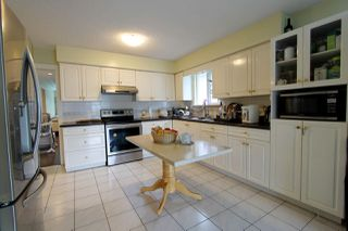 Photo 4: 3166 E 1ST Avenue in Vancouver: Renfrew VE House for sale (Vancouver East)  : MLS®# R2405003
